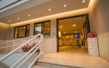 Hotel di Sera